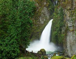 Wasserfall Fels Berg Stein Gischt