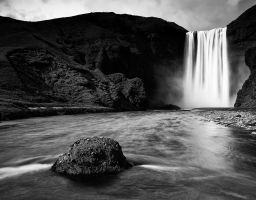 Wasserfall Fluss Stein Fels Berg Gischt