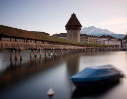 Stadt Brücke Turm Wasser Boot